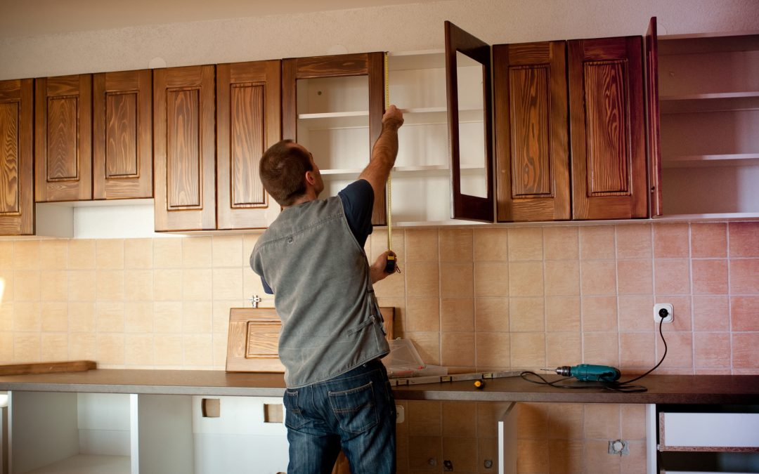 5 Home Improvement Tasks You Should Avoid Doing Alone